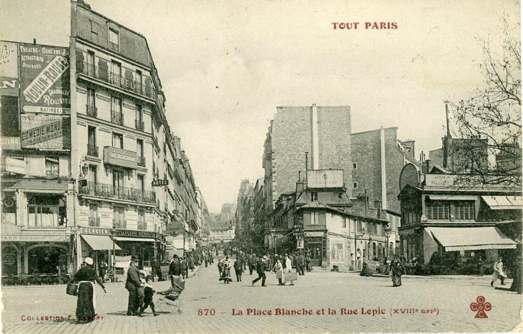 Place Blanche et la rue Lepic